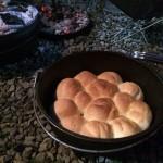 ダッチオーブンで焼くパン