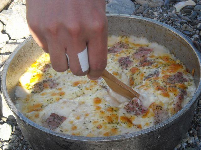 ダッチオーブンで作るドリア