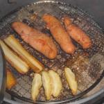 ダッチオーブンで燻製を楽しむ