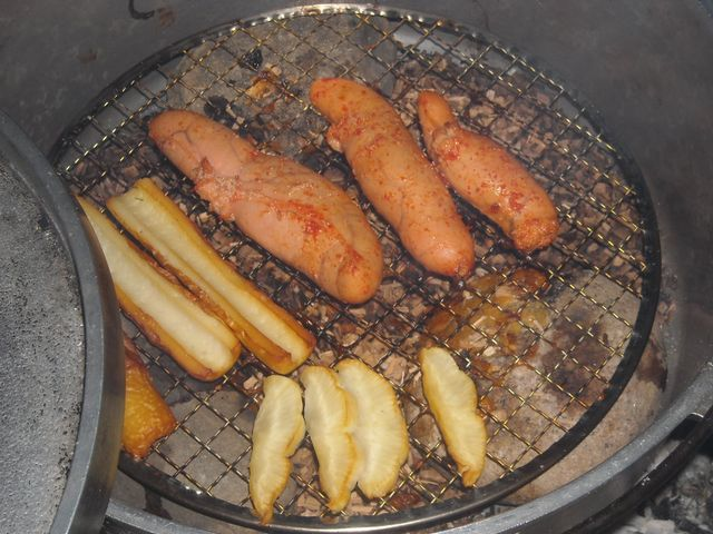 ダッチオーブンで燻製